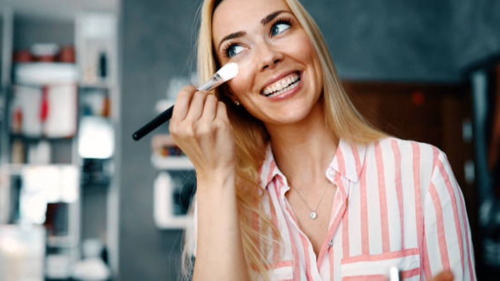 Guía de pasos para aplicarse el maquillaje con brocha