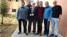 Los golpistas Sánchez, Junqueras, Turull, Forn, Cuixart, Rull y Romeva en la prisión de Lledoners (Foto: Prensa Òmnium).