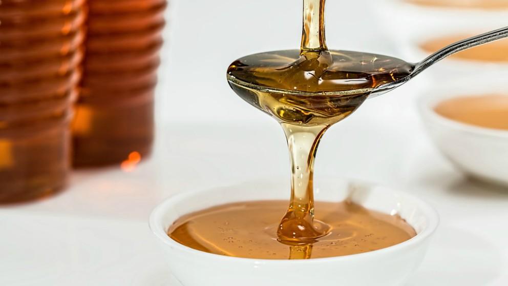 Dar miel a los bebés ha traído consigo una peligrosa consecuencia