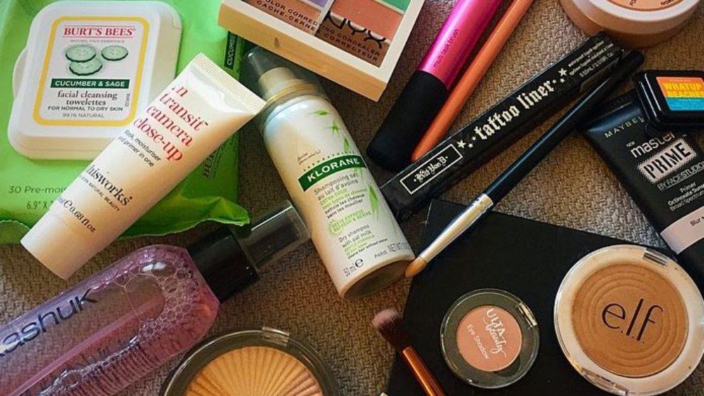 Según el tipo de piel y nuestra reacción de los ingredientes en los ojos, te aconsejamos cómo elegir el mejor desmaquillante de ojos para ti.