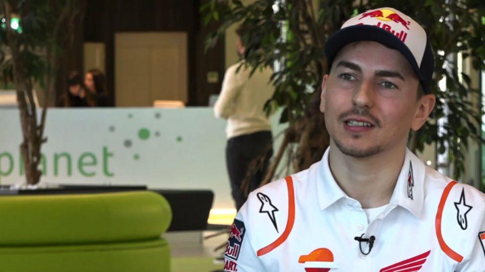 Jorge Lorenzo viste los colores del equipo HRC.