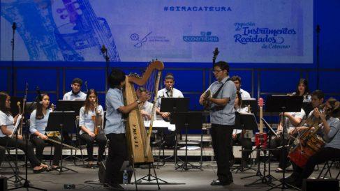 La Orquesta de Instrumentos Reciclados de Cateura (EP).