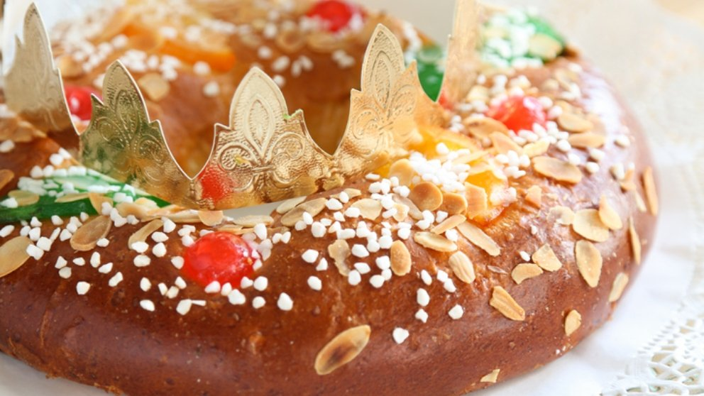 Receta de Roscón de Reyes casero relleno de chocolate 2019