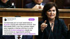 La vicepresidenta del Gobierno y ministra de Igualdad, Carmen Calvo, junto al tuit en el que se equivoca con la cifra real de mujeres asesinadas en España