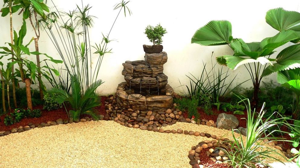 Decorar un jardín pequeño es todo un reto por la falta de espacio