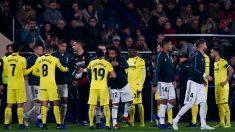 El Villarreal cumplió e hizo el pasillo al Real Madrid por su título en el Mundial de Clubes. (Getty)