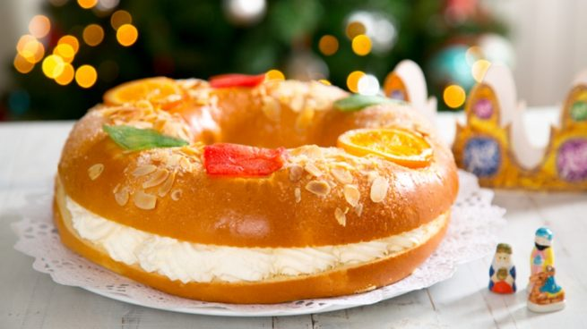 Roscón de Reyes casero relleno de crema 2019