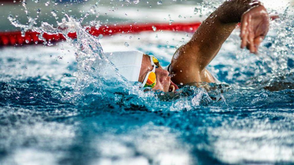 Todos los pasos para mejorar el tiempo en natacion