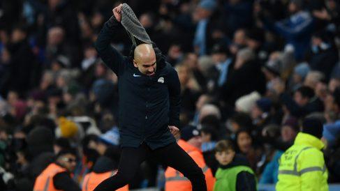 Guardiola, enrabietado durante el Manchester City-Liverpool. (Getty)