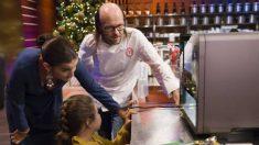 Santiago Segura ha visitado las cocinas de 'MasterChef Junior'