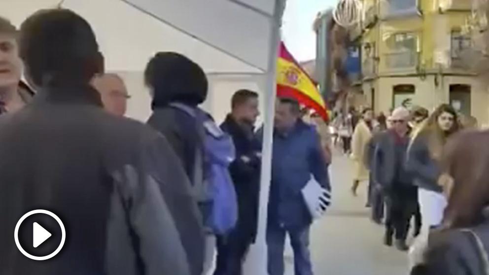 Miembros de VOX acosados por izquierdistas radicales en Soria.