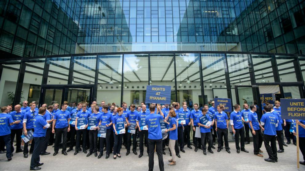 Protesta de trabajadores de Ryanair (Foto: Getty)