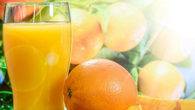 zumo de naranja diario