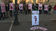Protesta de Arran para que los golpistas no se presenten en el juicio (EP).