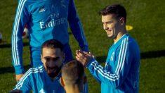 Brahim, junto a sus compañeros en el entrenamiento del Real Madrid. (EFE)