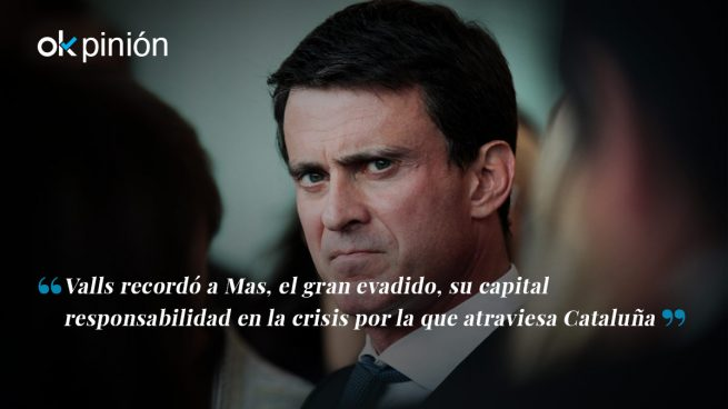 Valls, perplejo entre ausentes