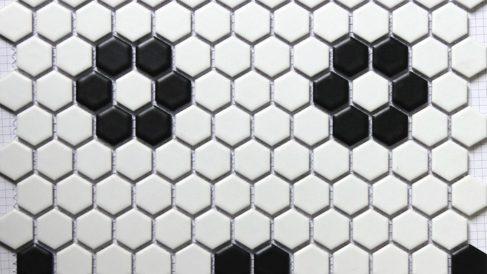 Los mosaicos con azulejos son perfectos para el cuarto de baño o la cocina