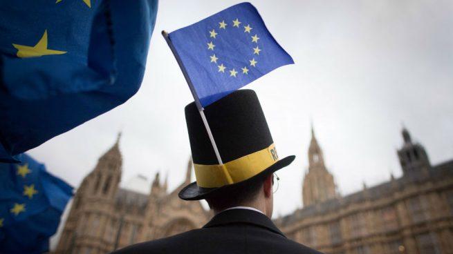 Dos importantes donantes del Brexit creen que Reino Unido no saldrá de la UE
