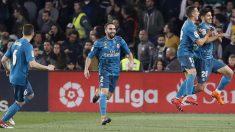 Los jugadores del Real Madrid celebran un gol en el Benito Villamarín (EFE)