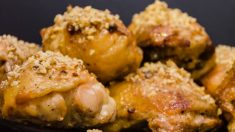 Receta de pollo crujiente con avellanas