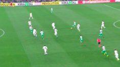 El VAR dio validez al gol de Canales tras revisar el fuera de juego.