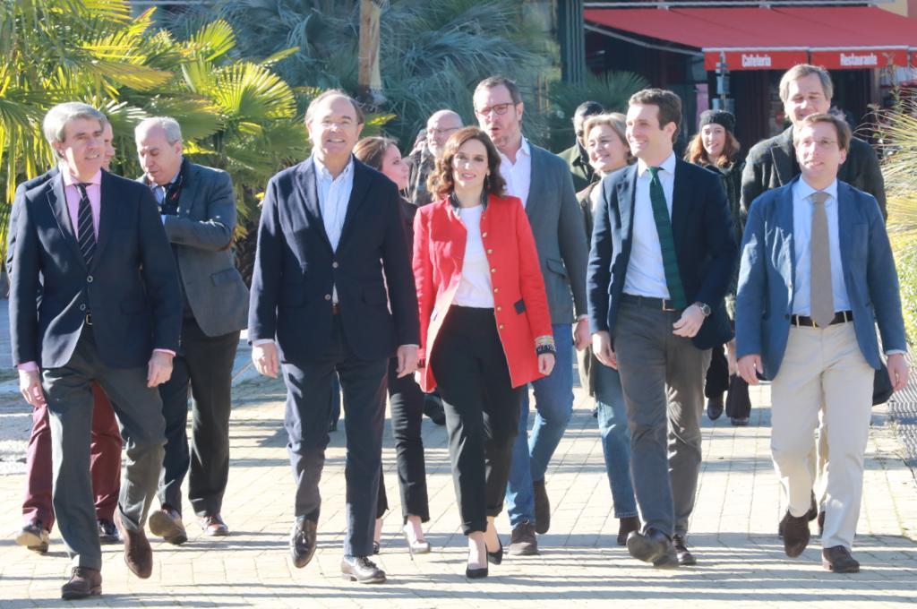 Garrido, García-Esudero, Díaz Ayuso, Casado y Martínez-Almeida, este sábado. (Foto. PP)