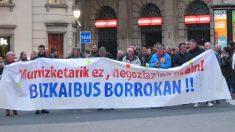 La totalidad de los trabajadores de la concesionaria de Bizkaibus Pesalur han secundado este lunes un nueva jornada de huelga. Foto: Europa Press