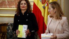 María Jesús Montero y Ana Pastor, en el Congreso
