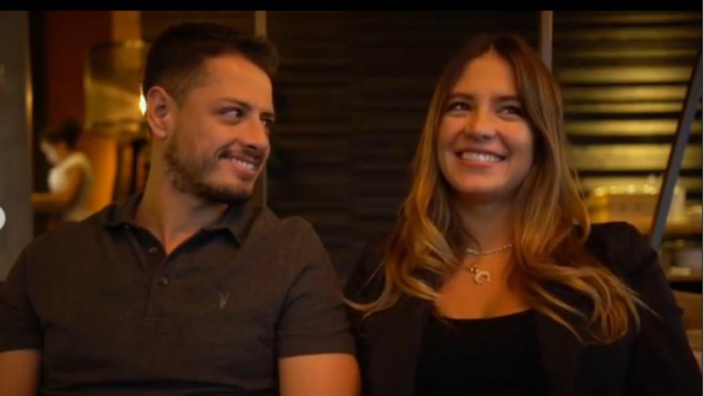 Chicharito y su novia, Sarah Kohan, van a ser papás