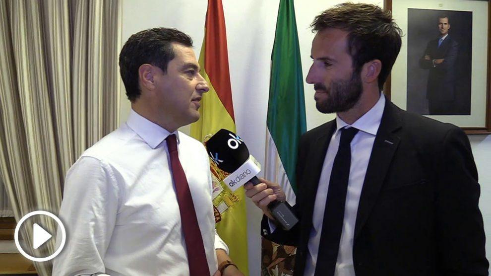 Álvaro Ojeda (OKDIARIO) entrevista a Juanma Moreno.