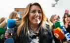 Díaz defiende las protestas feministas de ayer a las puertas del Parlamento en pro de respetar la expresión de los ciudadanos