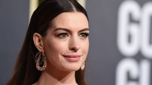 Anne Hathaway irreconocible sin maquillaje