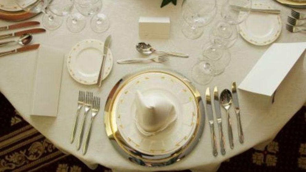 Pasos para colocar los cubiertos en la mesa