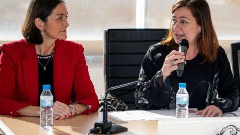 Francina Armengol junto a la ministra de Industria Reyes Maroto