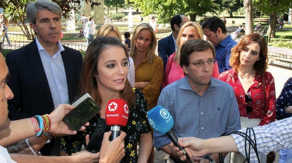 José Luis Martínez-Almeida y Andrea Levy. (Foto. PP)
