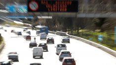 El protocolo anticontaminación del Ayuntamiento de Madrid impide circular a los vehículos que más contaminan durante los días señalados. Foto: EFE