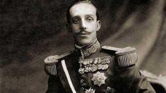 El 15 febrero de1941, el reyAlfonso XIIIrenuncia su derecho al trono   Efemérides del 15 de febrero de 2019