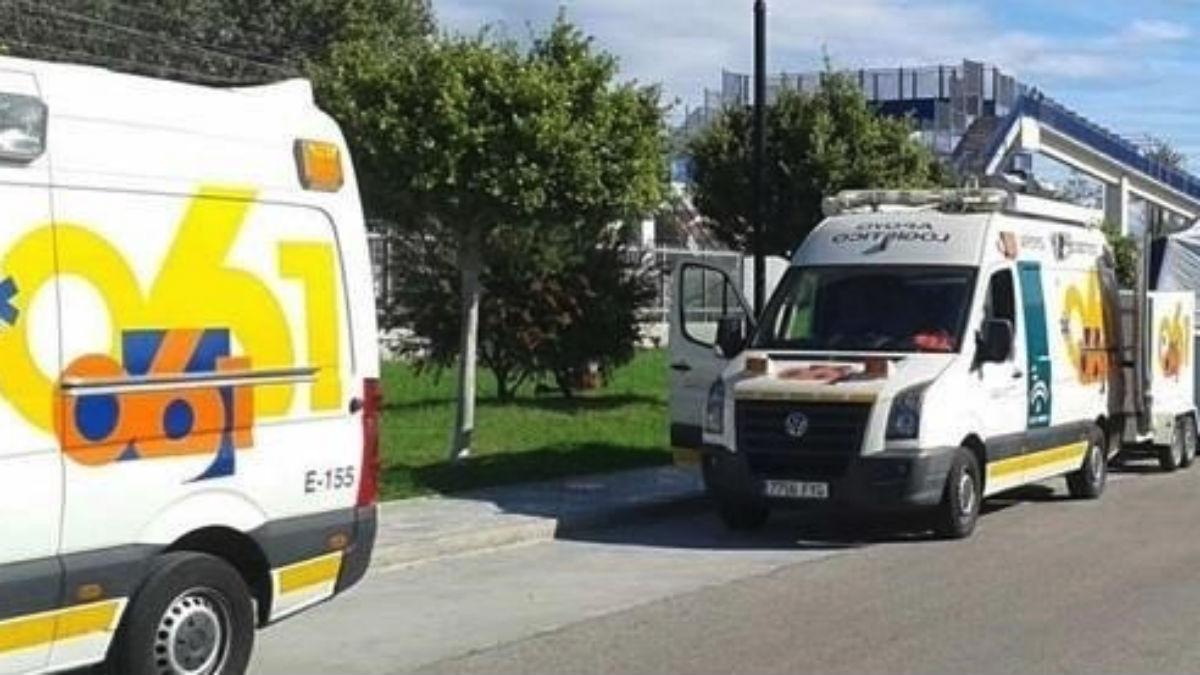 Ambulancias de la Junta de Andalucía (EP).