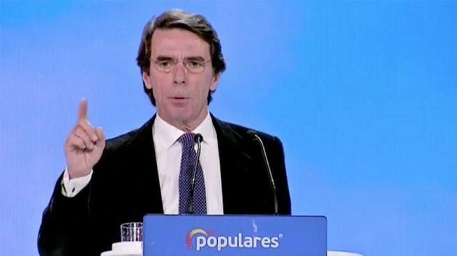 """Aznar ataca a Sánchez y Zapatero por el """"abandono de liderazgo lamentable"""" en la crisis de Venezuela"""