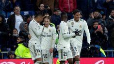 Los jugadores del Real Madrid celebran un gol. (EFE)
