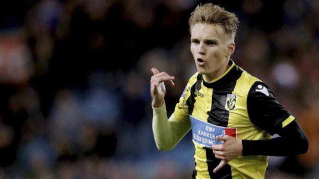 Odegaard, con el Vitesse.