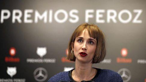 La actriz Ingrid García-Jonsson, presentadora de la gala de entrega de los Premios Feroz el próximo sábado en Bilbaoa, tras dar a conocer detalles de la misma. Foto: EFE