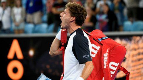 Pablo Carreño grita al juez de silla tras perder contra Nishikor. (Getty)