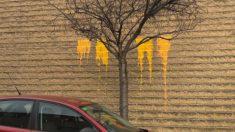 Restos de la pintura arrojada contra el muro de la casa cuartel de la Guardia Civil en la Seo de Urgel. (AUGC).