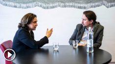 Ada Colau y Pablo Iglesias en el Congreso. (Foto. Podemos)