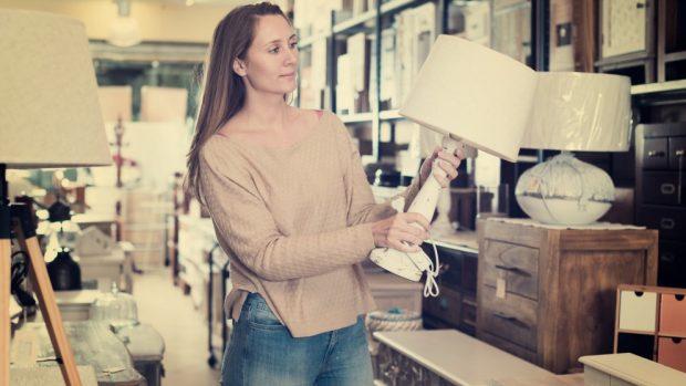 Cómo hacer una lámpara de alambre