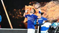 Novak Djokovic celebra su victoria contra Medvedev en el Open de Australia. (Getty)