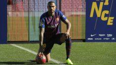 Kevin-Prince Boateng, presentado como nuevo jugador del Barcelona. (AFP)