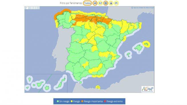 Un total de 33 provincias están en riesgo este martes por nevadas, lluvias, vientos intensos o fuerte oleaje