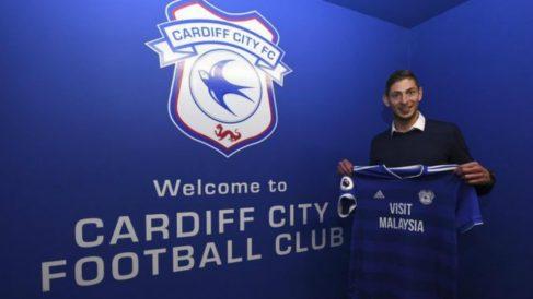 Sala, en su presentación con el Cardiff. (Cardiff)